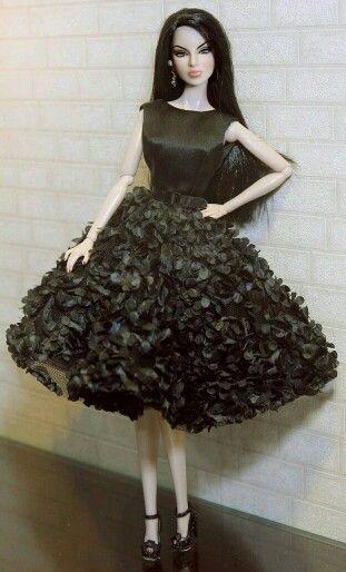 FAshion Doll in pretty Blavk evening dress