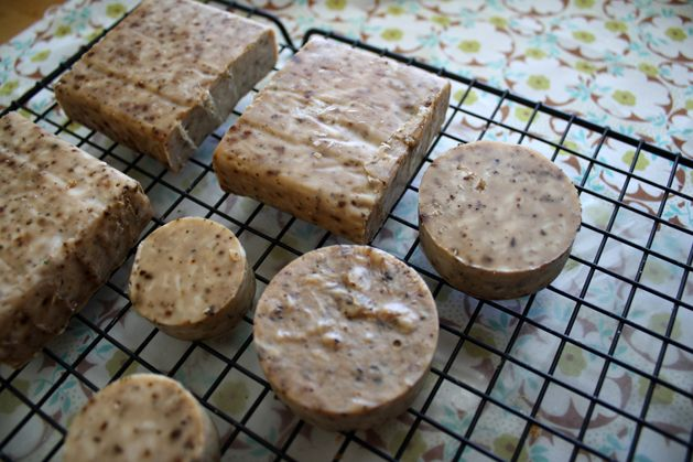 """a clever spin on the """"simple soap"""" recipe originating from """"Frugal Luxuries""""...diy homemade soap"""