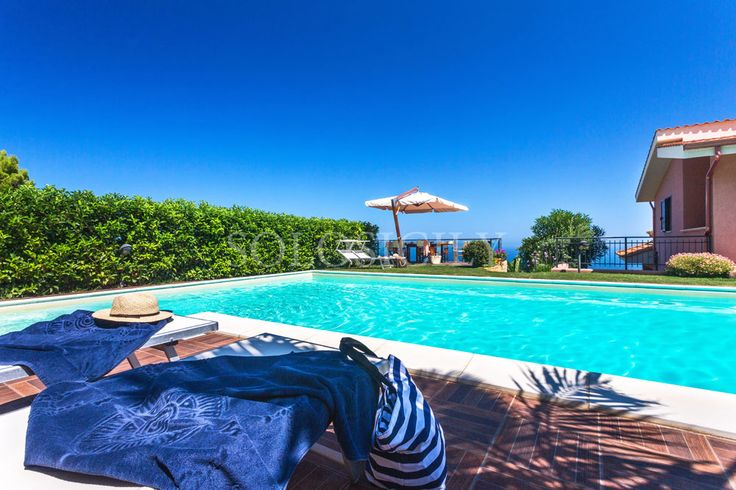 Oro Blu. Villa near Palermo, Sicily.