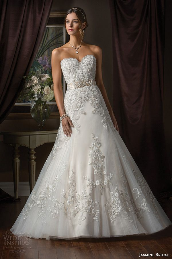 If Cinderella Had a Flaky Fairy Godmother — Magical Ball Gowns Fit for a Princess   Wedding Inspirasi