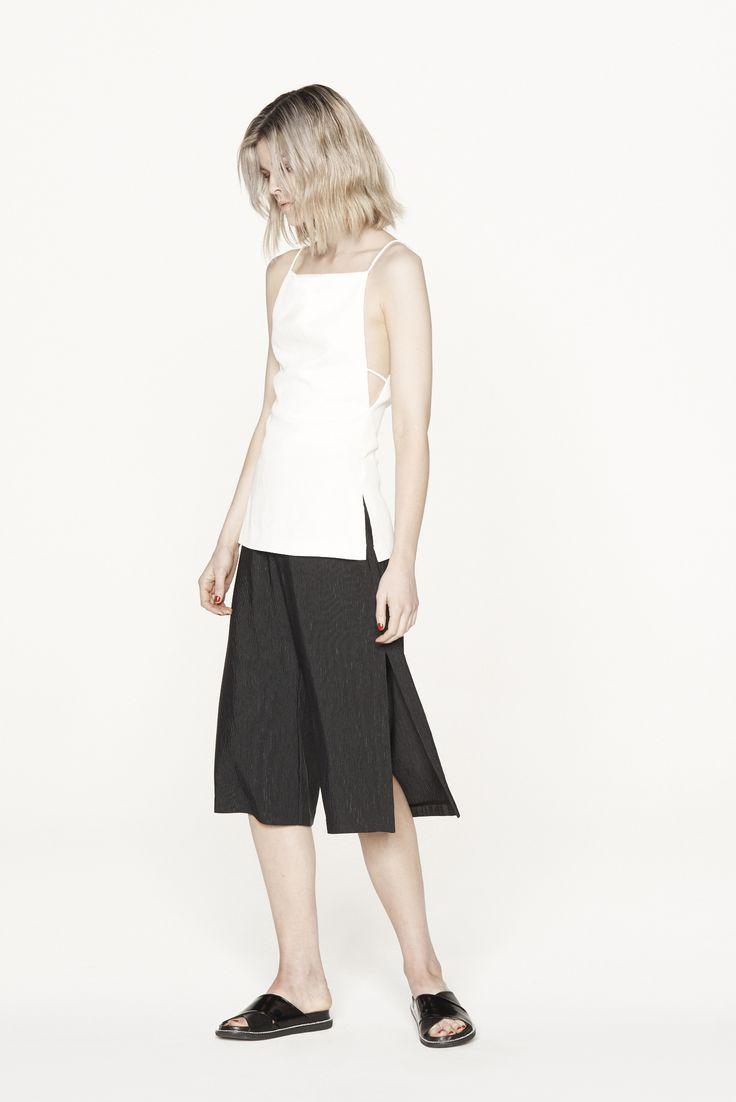 THIRD FORM RESORT 15 | PARTING CAMI #thirdform #fashion #streetstyle #minimal #trend #chic #cami #natural