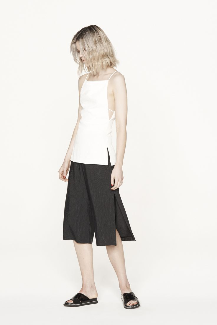 THIRD FORM RESORT 15 | PARTING CAMI #thirdform #fashion #streetstyle #minimal #trend #chic #cami #natural