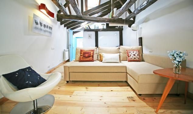 The Plaza Mayor V apartment in Madrid up to 4 people from 73€/night!
