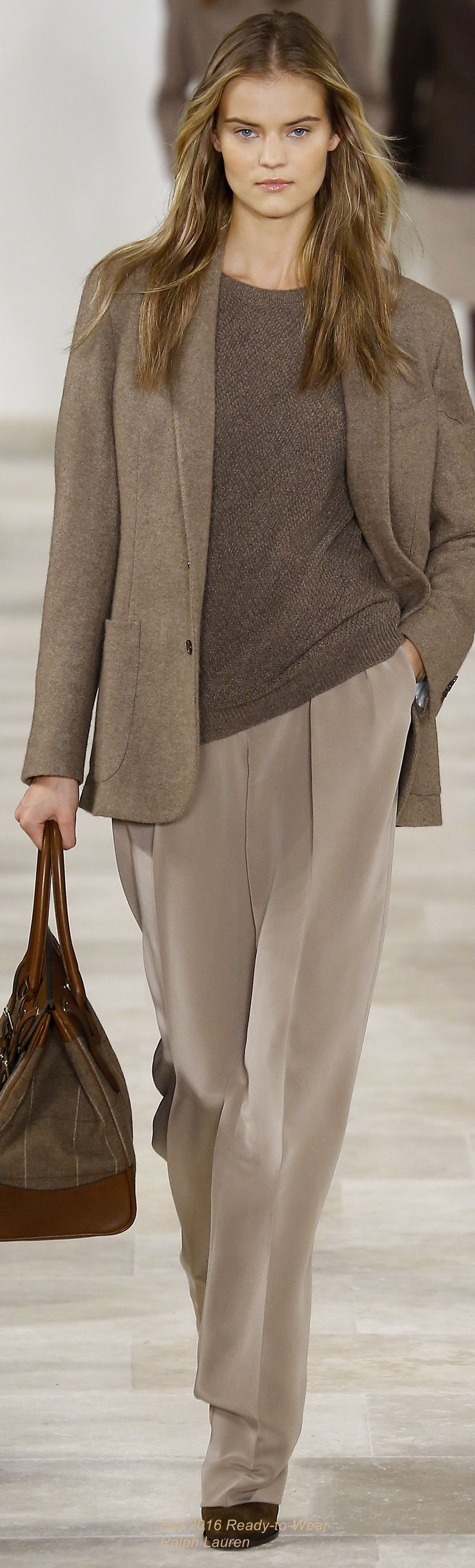 http://www.popularclothingstyles.com/category/ralph-lauren/ Fall 2016 Ready-to-Wear Ralph Lauren