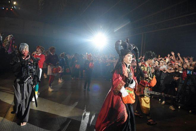 Makuhari Day 2 #VAMPS #HYDE #VampsHalloweenParty2016 #HalloweenParty2016 #HalloweenParty