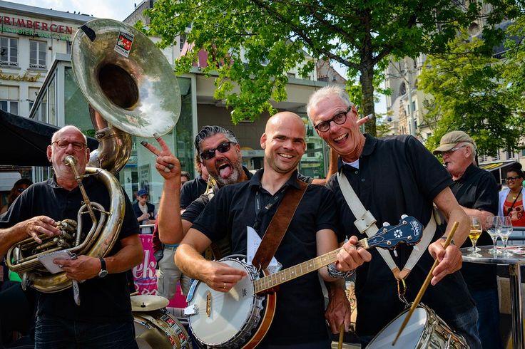 antwerpen 170 Пивной фестиваль в Антверпене
