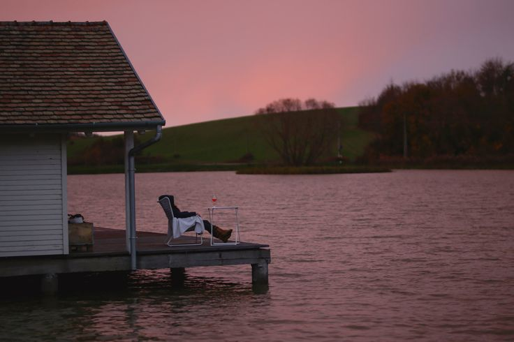 Watching sunset with a good wine in peace and quiet at the Lakehouse.