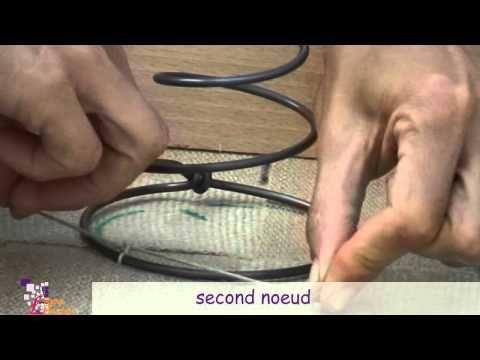 Guindage 1: je pose et couds les ressorts sur sangle La rime des matieres : tutos tapisserie
