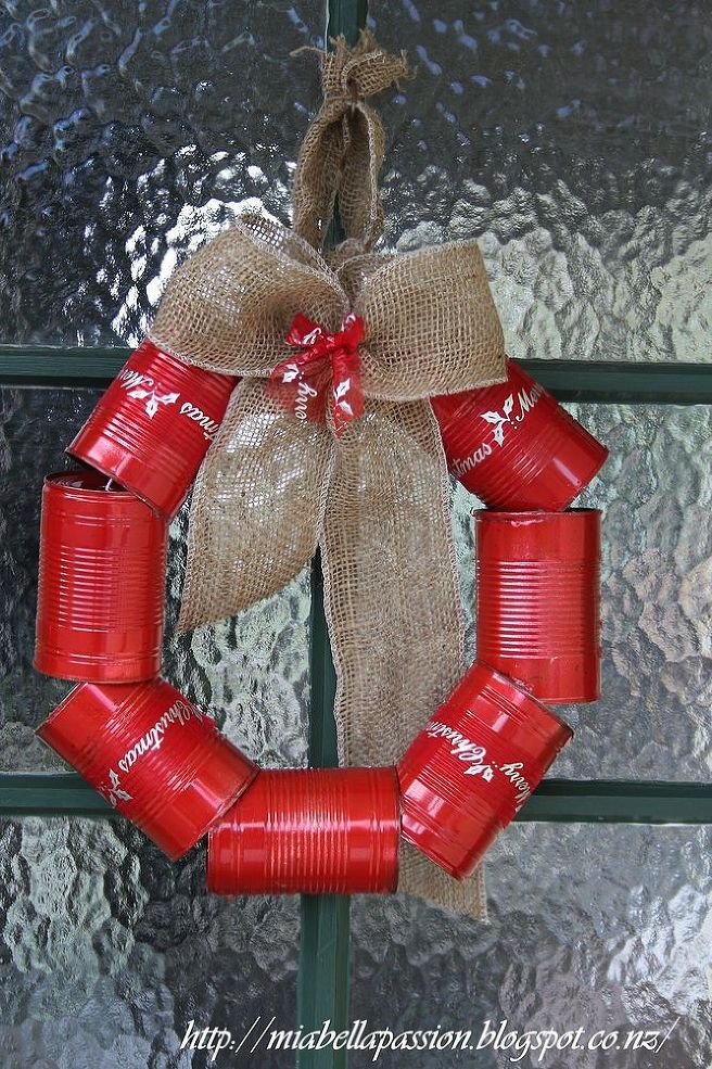 DIY Tin Can Wreath for Christmas...cute primative and could decorate differently for different holidays/events.