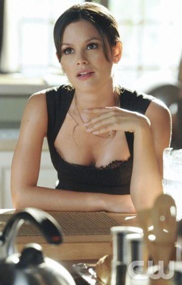 "Rachel Bilson looked fabulous in the L'Agence Lace Bodice Dress  on Episode 4 ""In Havoc & In Heat"" of ""Hart of Dixie"" Season 1."