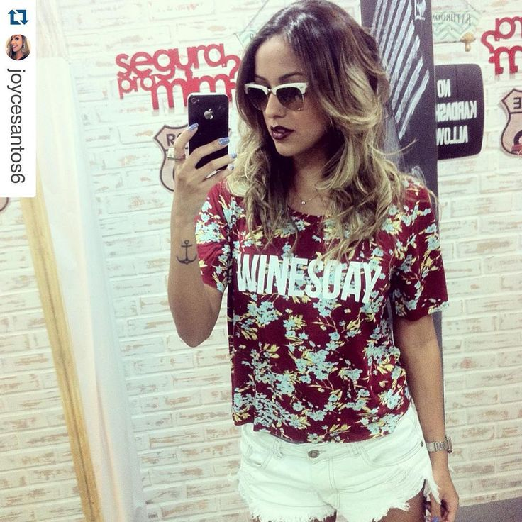 """""""WINESDAY  #repost da #tgirl @joycesantos6 - Procurando a T-Shirt [A CARA] do Fds? WeLoveit!!! Disponível em P,M,G  #tshirtinbox #tshirt #tee #wine…"""""""