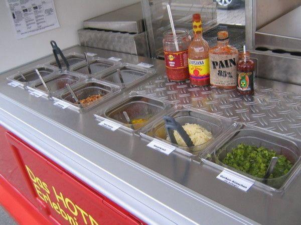 Verkaufsanhänger - Hotdog Wagen / Hot Dog Catering -  Piaggio Dreirad Hinkucker!!