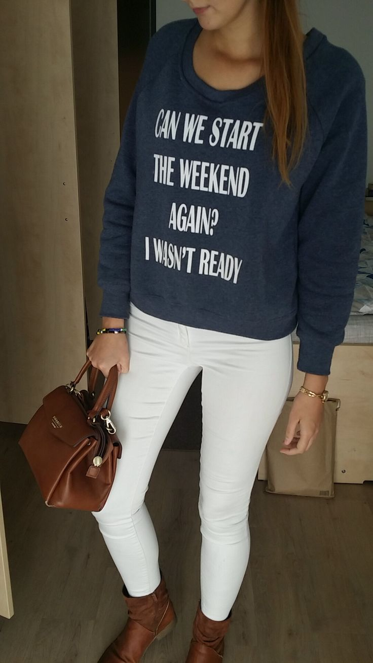 Autumn/Fall outfit - White skinny jeans with a blue sweater and ankle boots #fall #ankleboots #brownpurse #sweater #outfit #women