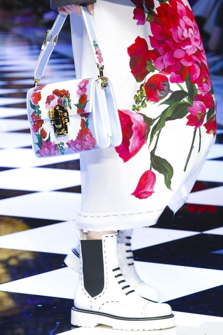 Dolce & Gabbana Ready To Wear Fall Winter 2016 Milan