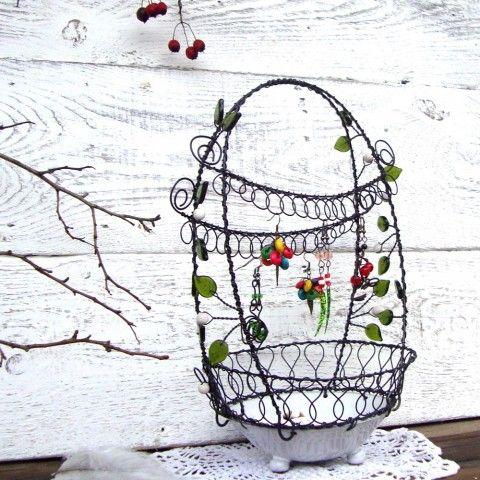Bílá s lístečky - šperkovnice zelená lístek bílá miska glazura keramická stojánek šperkovnice lístečky drátovaná stojan na šperky dekorace