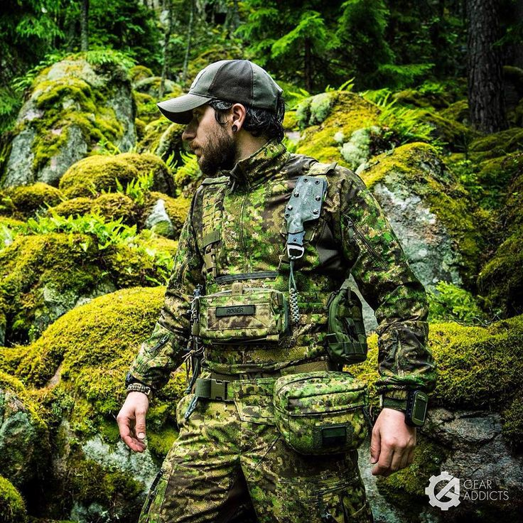 Field testing some new polish designs in @pencottcamo: • Door Kicker Chest Rig by @strongholdgroup_pl, • Admin pouch / hip-bag by @husarsystem