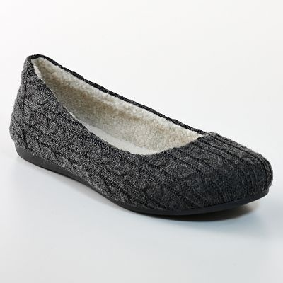 Great flats @ Kohls, just bought my 3rd pair. Black, grey and and