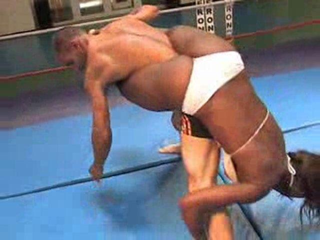 Konkurrencedygtig blandet wrestling fra Amazons Prod Popscreen-5693