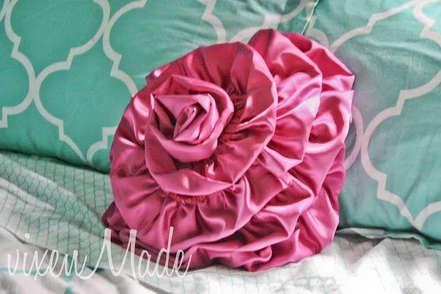 Подушка в виде цветка (фото мастер-класс) » Женский Мир