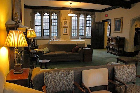 Victoria University Burwash Senior Common Room
