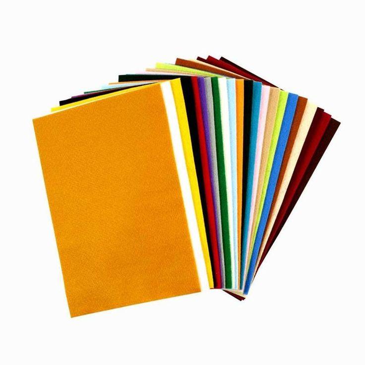 Eri väriset askarteluhuovat, esim. 3-5 väriä kerralla. Tai toki enemmänkin, mutta ei pakettia täynnä näitä.