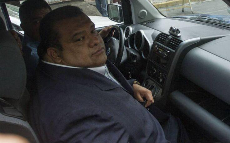Tras escándalo sexual Eruviel Ávila revive a Cuauhtémoc Gutiérrez - El Sol de Parral