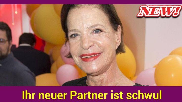 Neun Jahre ist die Scheidung von Bernd Herzsprung jetzt Barbara Engelwieder einen Mann an ihrer Seite. Der ist allerdings schwul.   Source: http://ift.tt/2twHYgr  Subscribe: http://ift.tt/2vIvjDY Engel: Ihr neuer Partner ist schwul