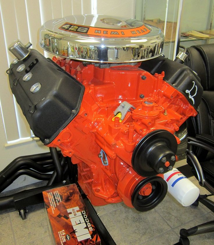 426 Hemi Engine what I would do to just have this sitting on my floor to just show off...