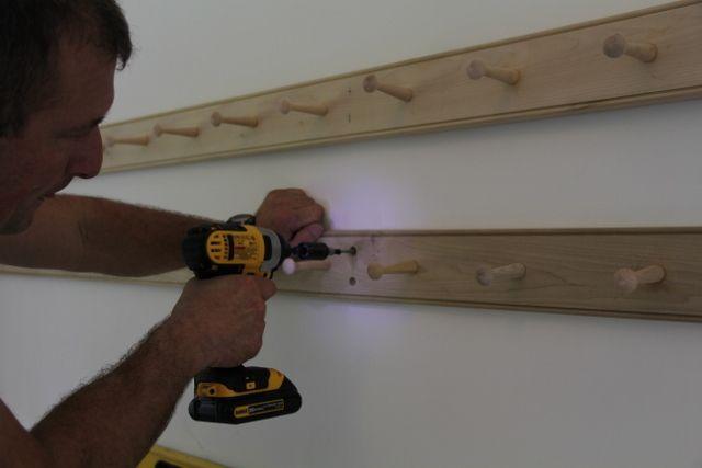 How To Make A Shaker Peg Rail