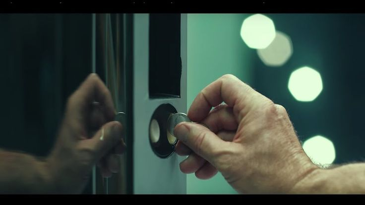 """Experian's """"Vending Machine"""" commercial (:30) - Identity Protection Has ..."""