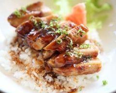 Poulet teriyaki : http://www.cuisineaz.com/recettes/poulet-teriyaki-79496.aspx