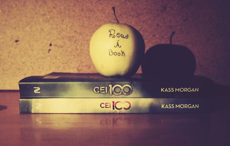 Read an apple and eat a book