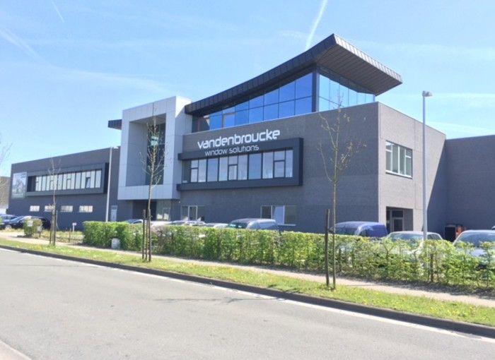 Bedrijfsgebouw Vandenbroucke | Ramen Vandenbroucke