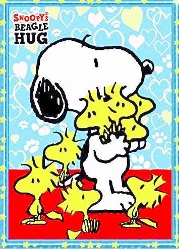 SNOOPY BEAGLE HUGS