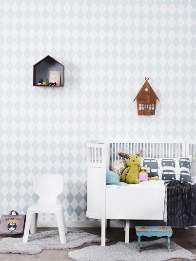 baby-indretning-babyvaerelse-varelse-dreng-baby-harlequin-tapet