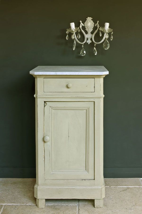 Annie Sloan Chalk Paint Versailles | Royal Design Studio