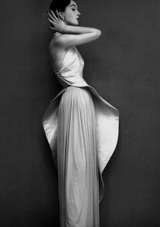 Madame Gres from Theclotheshorse