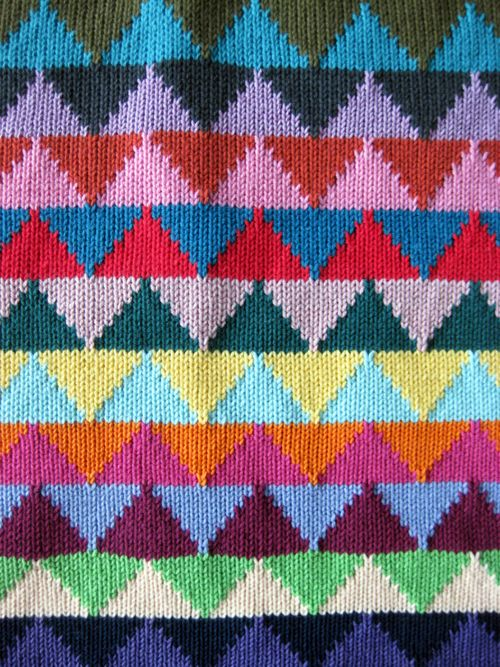 idée ! Triangle Station (par ALL Knitwear)