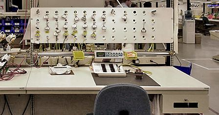 Lista workspace systems bring maximum efficiency, organization and safety to your test and calibration operations.