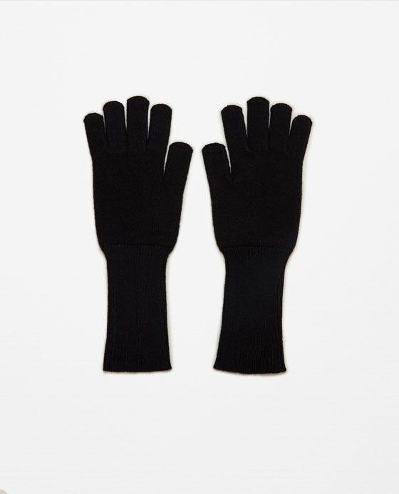 Image 1 de GANTS LONGS EN MAILLE de Zara