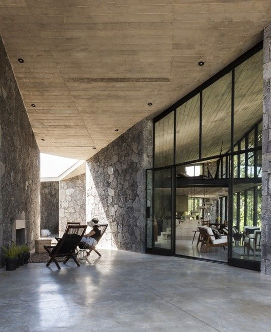 Cadaval & Solà-Morales MA House,© Sandra Pereznieto