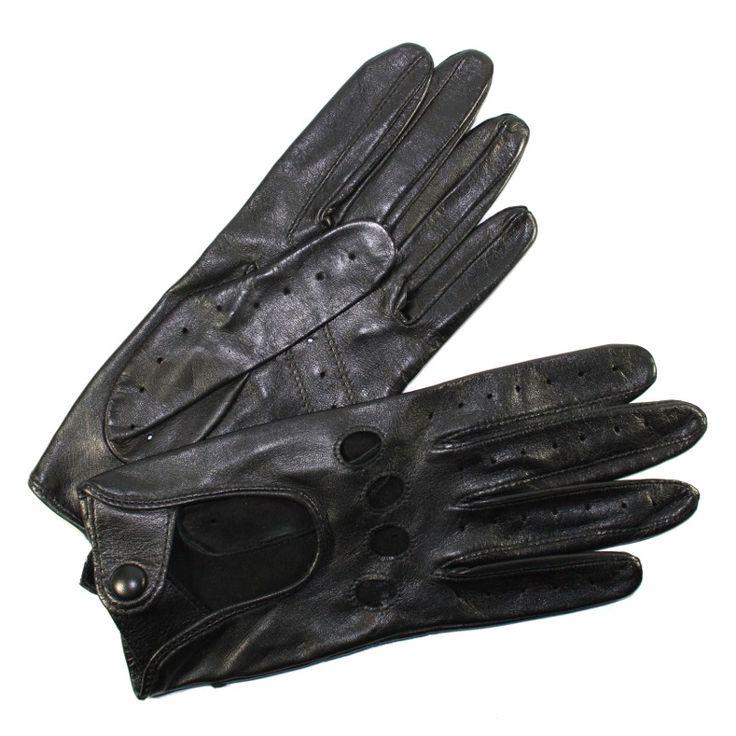 Gants de conduite pour femme en cuir d'Agneau non doublés avec trous d'aération au niveau des doigts de marque Glove Story. Ces gants de conduites au féminin sont les incontournables des conductrices distinguées.