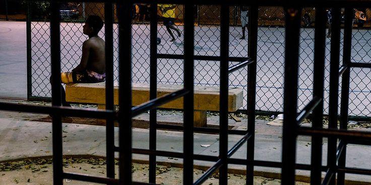 Terrain de jeux. Favela Cidade de Deus, Rio de Janeiro, Brazil. May 2014...©Dom Smaz