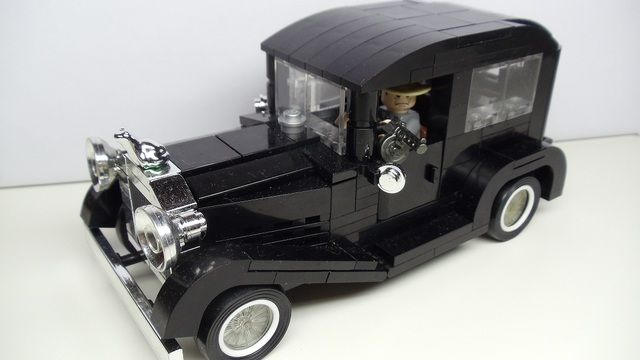 In the 20s inspired get a way car in Lucky Lego-Gano