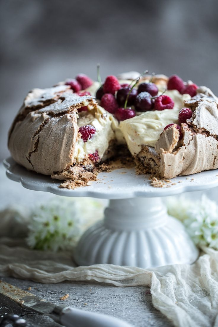 Coffee And Cream Pavlova