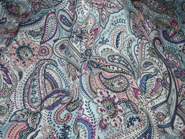 Tissus cachemire, Paisley coton imprimé Tissu / Tissus indienne est une création orginale de indianlacesandfabric sur DaWanda