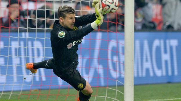 BVB-Held in München: Torhüter Mitchell Langerak.