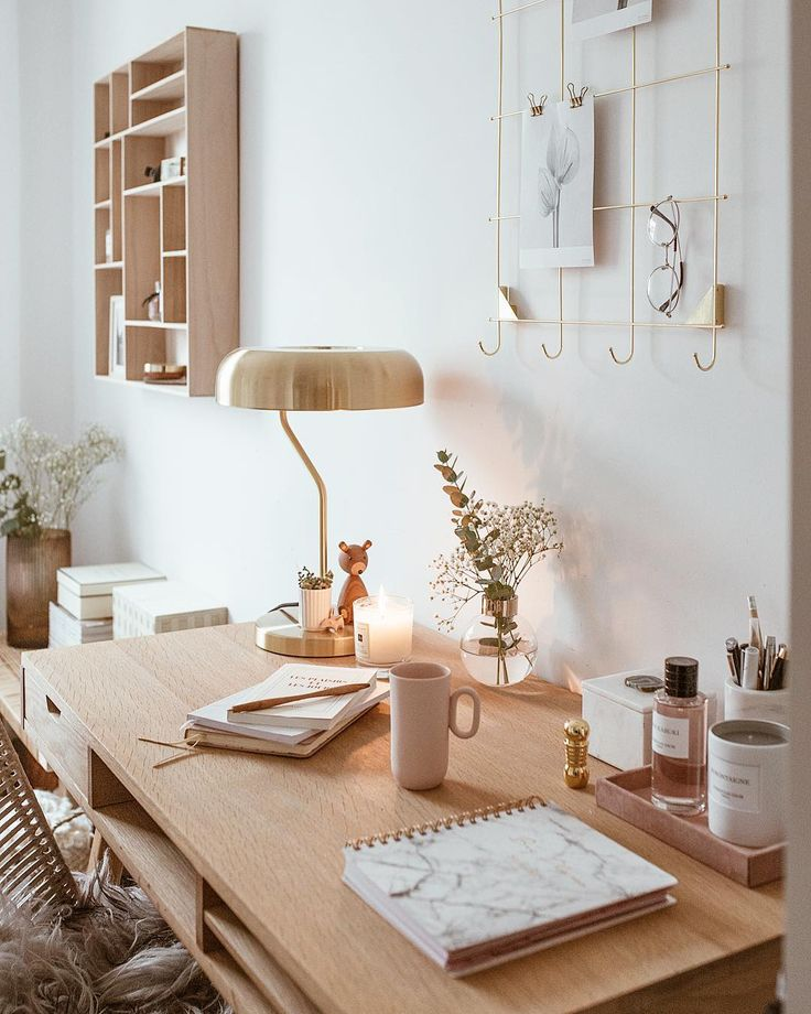 Warm Natural Woods Make This Office Space Cozy And