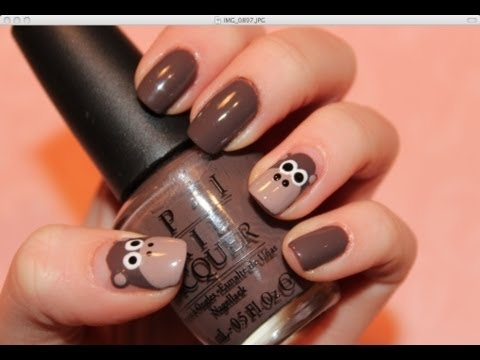 Monkey nails :) Soooooo cute! Got a lil sister begging for your attention? Maybe a cousin. Do her nails! She'll love the fun design, plus great bonding time, and you're not stuck playing tag in the yard :D