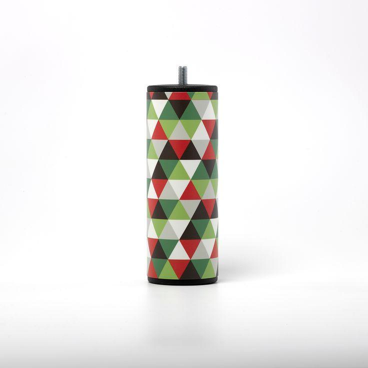 FACET Quintus Graffiti GraphiK - Pour les amateurs de motifs à triangles aux couleurs autrichiennes.
